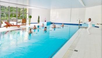 Bazén je součástí wellness centra