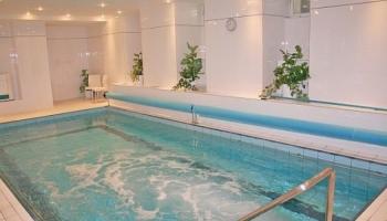Hotel Flora - bazén