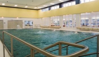 Lázně Bělohrad a bazén pro hosty